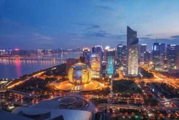 """杭州""""第一高楼""""底价拍出!融创地标与鹏瑞利TOD玩法"""