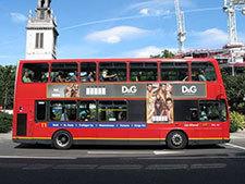 """伦敦公交禁""""好身材""""广告 称或带来""""负能量"""""""